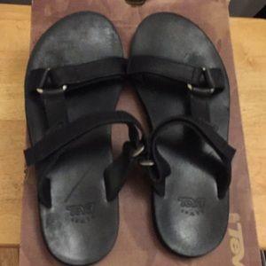 Teva leather sandals size 9